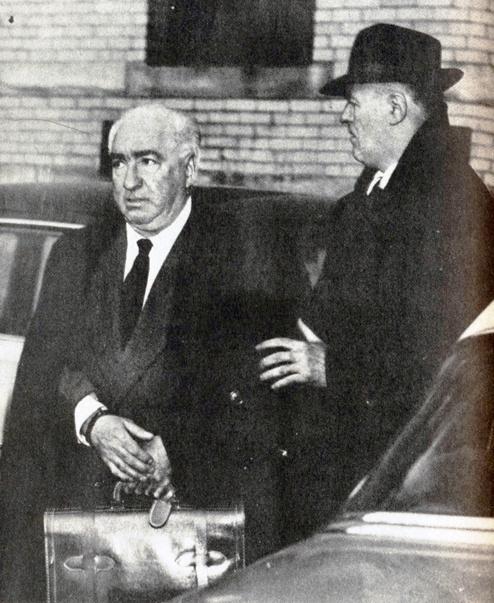 Reich-escorted-to-prison